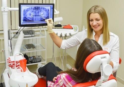 удалить зуб и поставить имплантат
