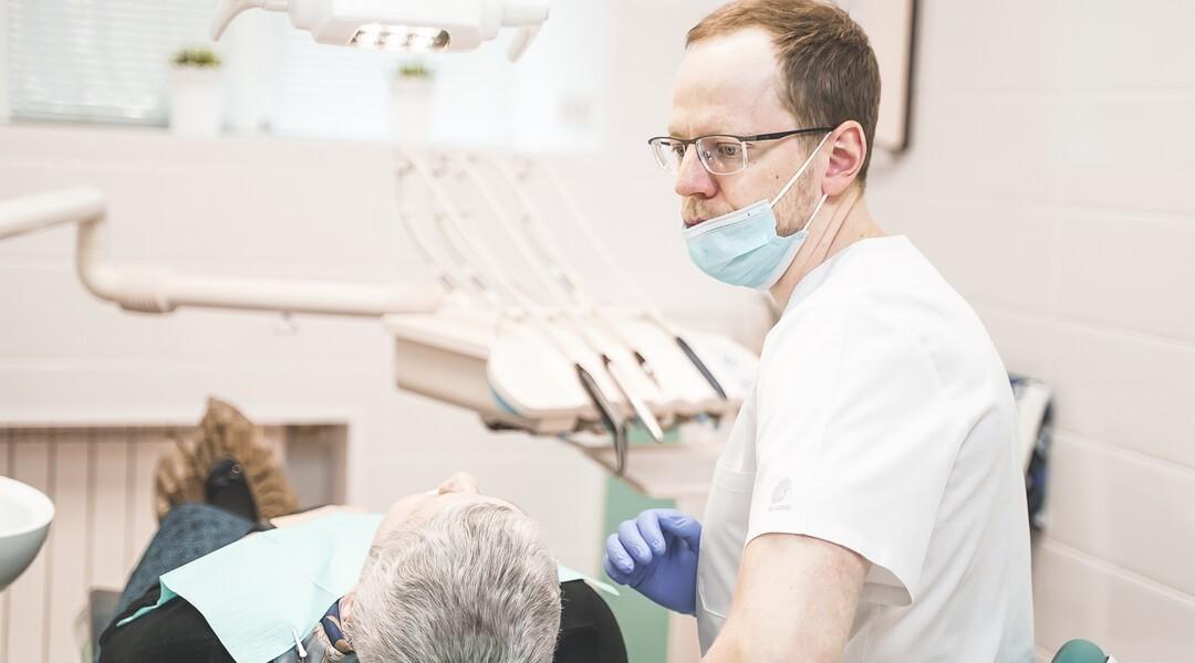 Одноэтапная имплантация зубов в стоматологии Доктора Левина