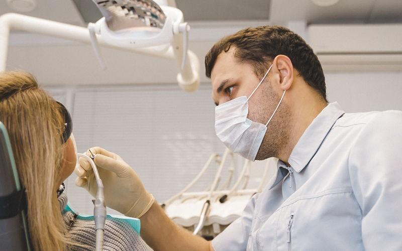 Имплантация после удаления зуба с кистой